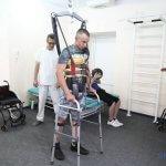Світлина. На програму протезування уряд направив 1,2 мільярда – Гройсман. Новини, інвалідність, протез, реабілітація, воїн, Харківський НДІ протезування