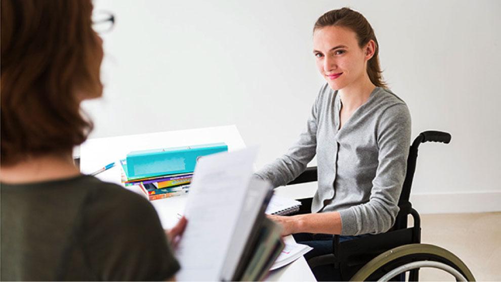 Керівники 33 підприємств Черкащини не дотримуються вимог законодавства щодо працевлаштування осіб з інвалідністю