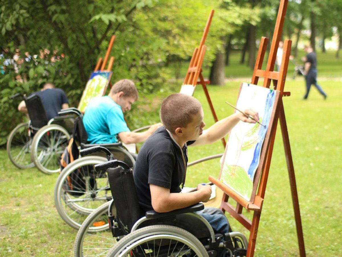 Реабілітація за державний кошт: батьків, які виховують дітей з інвалідністю, закликають подавати заяви
