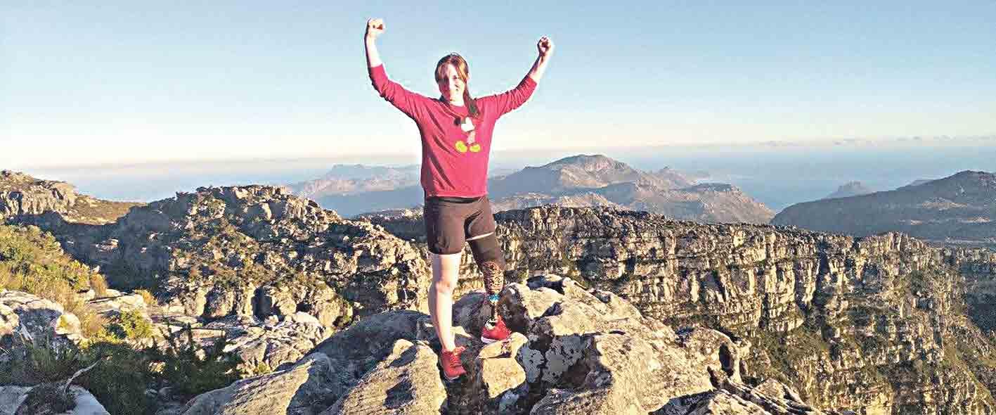 Жінка-боєць з протезом їде до США на марафон