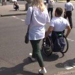 Заклади Черкас перевіряли на доступність для маломобільних людей (ВІДЕО)