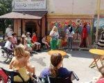 Мистецтво долає бар'єри. Особливі дітки створювали особливі картини (ФОТО). чернівці, проект, студія живопису, інвалідність, інклюзивність