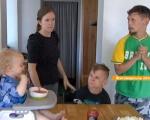 В інтернаті жили, як тварини. Родина зі США переїхала в Україну і всиновила хворих дітей (ВІДЕО). всиновлення, родина джонсонів, суспільство, інвалідність, інтернат