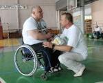 Чоловік, який більше 30 років на візку, був чемпіоном 13 років з пауерліфтингу. володимир карел, пауерліфтинг, потерпілий на виробництві, інвалідний візок, інвалідність