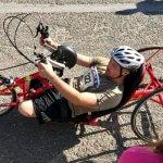 Світлина. Олександр Чалапчій, не маючи обох ніг, під час підготовки до Invictus Games проїжджав на ручному велосипеді по 70 кілометрів на день. Життя і особистості, поранення, Invictus Games, ампутация, велосипед, Олександр Чалапчій