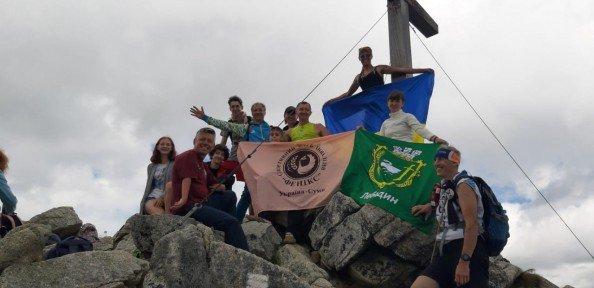 Представники сумського спортивного клубу інвалідів «Фенікс» піднялися на найвищі вершини Словаччини та Польщі (ФОТО). суми, гора, клуб фенікс, сходження, інвалідність