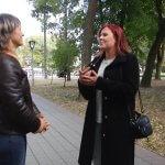 26-річна полтавка Мілана Брижак усе своє життя допомагає нечуючій мамі спілкуватися із людьми (ФОТО, ВІДЕО)