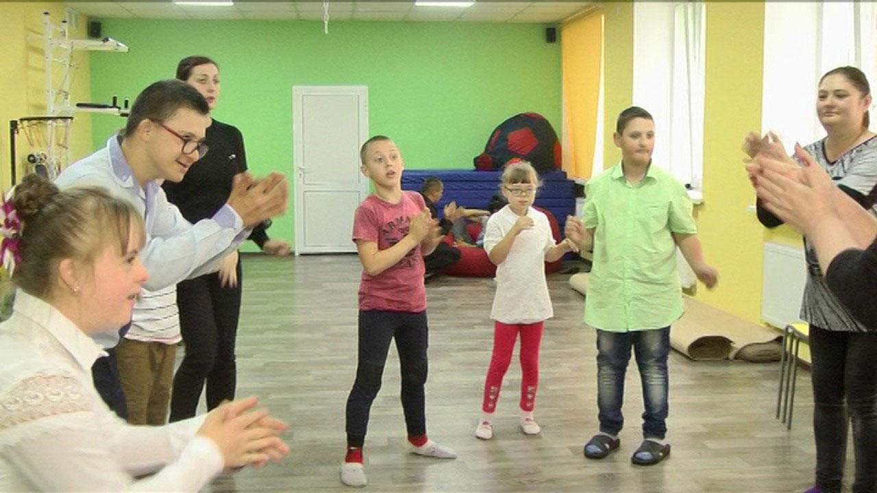 У Вінниці для дітей-аутистів та з синдромом Дауна відкрили театральну студію (ВІДЕО)