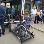 Світлина. Приморська територіальна громада отримала обладнаний для перевезення осіб з інвалідністю автомобіль. Безбар'ерність, інвалідність, автомобіль, транспортний засіб, служба перевезення, Приморська ОТГ