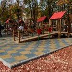 На Соборной площади открыли площадку для детей с инвалидностью (ФОТО)