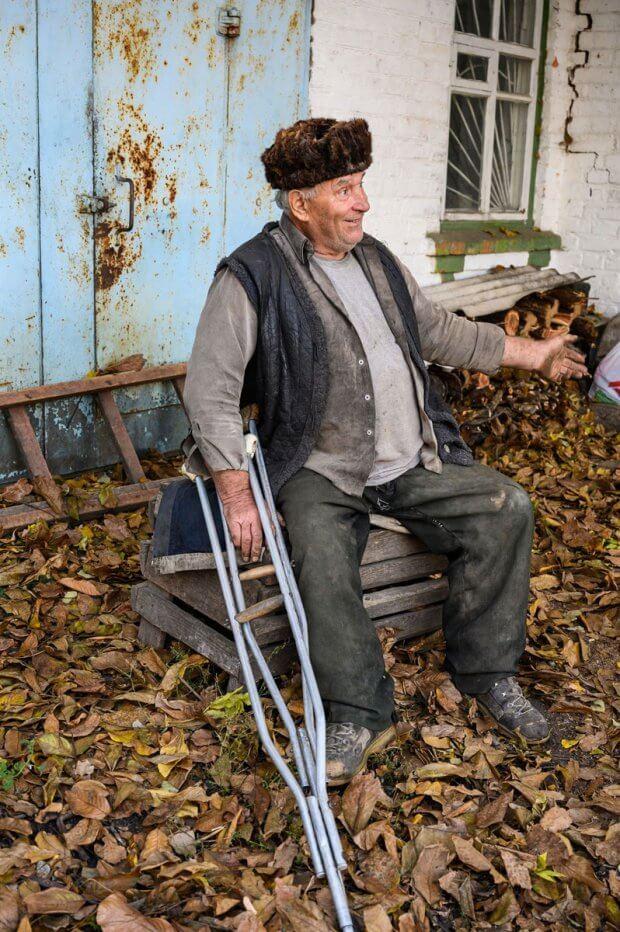 Пенсіонер з Христинівщини вимушений 5 годин їхати у інвалідному візку до соцпрацівників. анатолій сухецький, христинівщина, пенсіонер, соцзахист, інвалідність