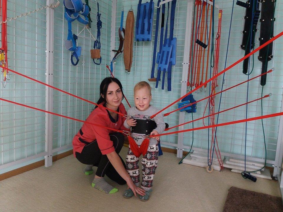 Волинський санаторій дає надію дітям з ДЦП (ФОТО). волинь, дцп, допомога, санаторій дачний, хвороба