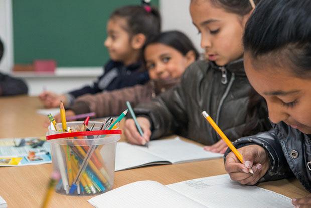 Реалізація практики асистента педагога у Чехії. чехія, асистент вчителя, особливими освітніми потребами, учень, інклюзивна освіта
