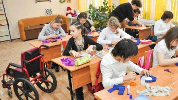 Інклюзивна освіта: як це працює за кордоном і в Україні (ВІДЕО)