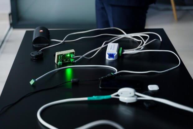 У Вінниці побільшає об'єктів з «розумними» звуковими маячками, які дозволять незрячим людям краще орієнтуватись у просторі. вінниця, додаток mobilis go, доступність, звуковий маячок, незрячий