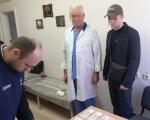 Столичні слідчі затримали лікаря онкологічного диспансеру за отримання неправомірної вигоди. документ, лікар, медик, неправомірна вигода, інвалідність