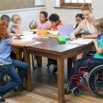 Мінсоцполітики впровадить послугу соціального супроводу під час інклюзивного навчання дітей з інвалідністю