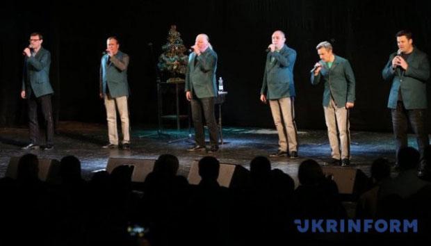 """""""Піккардійська Терція"""" та незрячі діти записали альбом різдвяних пісень. казка на білих лапах, піккардійська терція, альбом різдвяних пісень, незрячий, проєкт"""