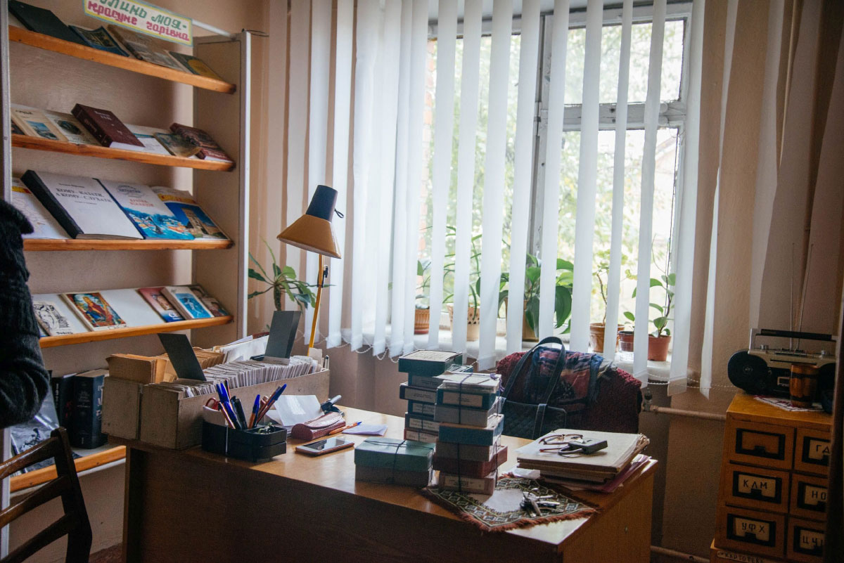 Книги, шахи і реабілітація: як УТОС турбується про незрячих волинян