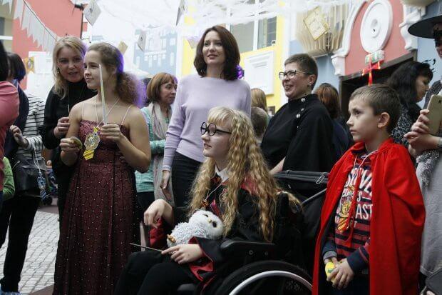 У столиці придбали унікальний роботокостюм для Київського міського центру реабілітації дітей з інвалідністю. київ, центр реабілітації, екзоскелет, роботокостюм, інвалідність