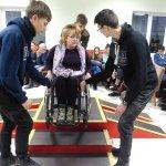 Волонтерів навчали особливостям роботи з людьми з інвалідністю (ФОТО)