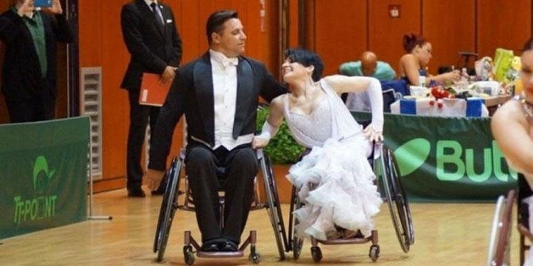«Хотелось вершин достигать»: история знаменитой пары танцоров на инвалидных колясках из Славянска (ФОТО). керничные, инвалидная коляска, соревнование, танець, танцор