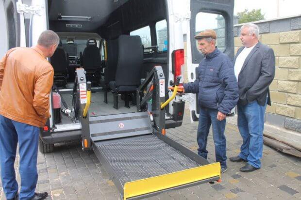 Понад 130 поїздок Україною здійснив спеціалізований транспорт для перевезення людей з інвалідністю «Інватаксі» ФСК «Повір у себе» м. Сарни. інватаксі, сарни, фск повір у себе, послуга, інвалідність