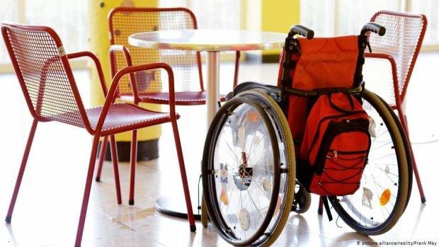 Наскільки безбар'єрна Німеччина? Перевірка на інвалідному візку. бонн, німеччина, перевірка, пересування, інвалідний візок