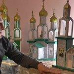 Прикарпатець створює унікальні церкви з картону (ВІДЕО)