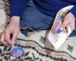 На Ужгородщині чоловік без ніг підпрацьовує таксистом та вишиває бісером (ВІДЕО). віталій матьовка, бісер, таксист, хвороба, інвалідність
