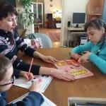 Світлина. На Вінниччині батьки, що доглядають дітей з інвалідністю, можуть скористатися соціальною послугою тимчасового відпочинку. Новини, інвалідність, послуга, Вінниччина, відпочинок, батьки
