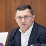 Микола Поворозник: «Хворим, які потребують гемодіалізу, організовано довезення до медичних закладів»