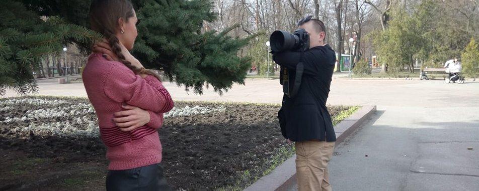 30-річний кропивничанин, не маючи кисті лівої руки, працює фотографом (ВІДЕО). максим циганок, передпліччя, фотограф, художник, інвалідність