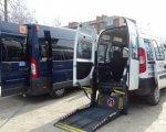 У Хмельницькому з'явилося соціальне таксі для дітей на візках (ФОТО). бф карітас, хмельницький, пересування, соціальне таксі, інвалідність