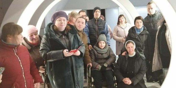 Вінницькі сім'ї з особливими дітками здійснили подорож до Бердичева. бердичів, вінниця, подорож, проєкт, інвалідність