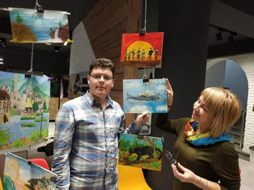 У Запоріжжі відкрилась унікальна виставка картин. запоріжжя, аутизм, виставка, картина, соціалізація