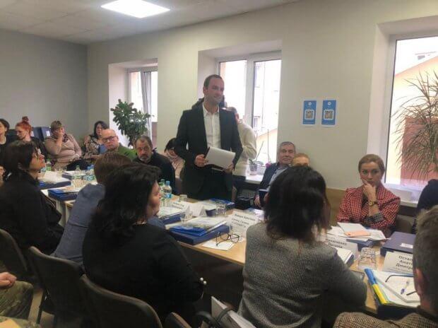 Первый в Украине центр европейского уровня по реабилитации людей с инвалидностью появится в Тернополе. андрей рий, тернополь, воин ато, инвалидность, совещание