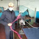 Світлина. Один день на производстве в Бахмуте, где люди с проблемами со слухом шьют маски и защитные костюмы. Робота, УТОГ, маска, Бахмут, предприятие, защитный костюм