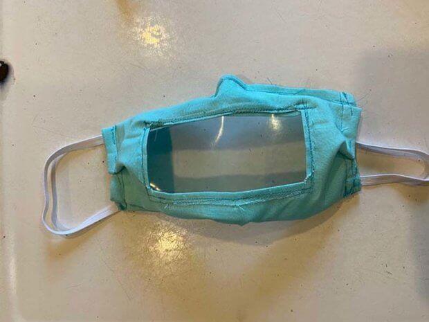 Американська студентка створила медичні маски для глухих і роздає їх безкоштовно. ешлі лоуренс, вади слуху, глухий, коронавирус, маска