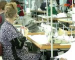 25 херсонців з порушеннями слуху за місяць пошили 28 тисяч захисних масок (ВІДЕО). херсон, коронавирус, маска, порушення слуху, підприємство