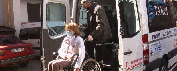 Як в умовах карантину у Хмельницькому працює соціальне таксі. хмельницький, карантин, послуга, соціальне таксі, інвалідність