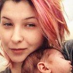"""""""Інвалідність в Україні - це складно"""": мама маленької дівчинки з епілепсією поділилася своєю історією"""