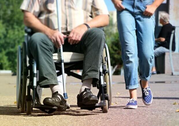 С какими проблемами сталкиваются люди с особыми потребностями в Северодонецке. северодонецк, инвалидность, общество, проблема, этика