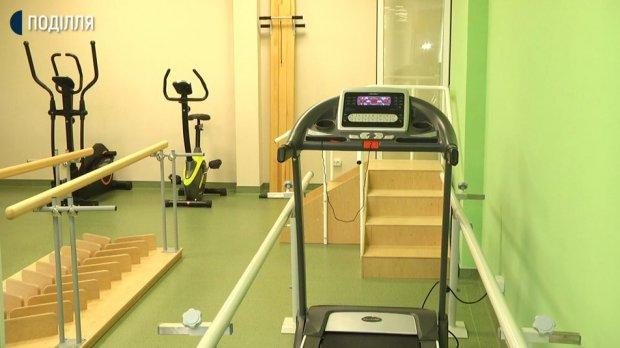 У Хмельницькому відкрили центр реабілітації для дітей з інвалідністю. хмельницький, центр реабілітації, дитина, побутові навички, інвалідність