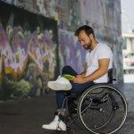 Що на папері, а що в реальності для людей з інвалідністю? Як в Україні борються за рівні можливості