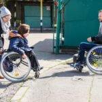 Світлина. Що на папері, а що в реальності для людей з інвалідністю? Як в Україні борються за рівні можливості. Закони та права, інвалідність, доступність, суспільство, інфраструктура, Доступно.UA