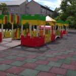 В Запорожье дети с инвалидностью могут играть на уникальной площадке