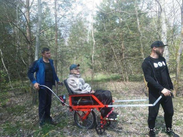 Мандрівний візок із Луцька кличе в подорожі людей із інвалідністю: як це працює. луцьк, олег бондарук, візок, подорож, інвалідність
