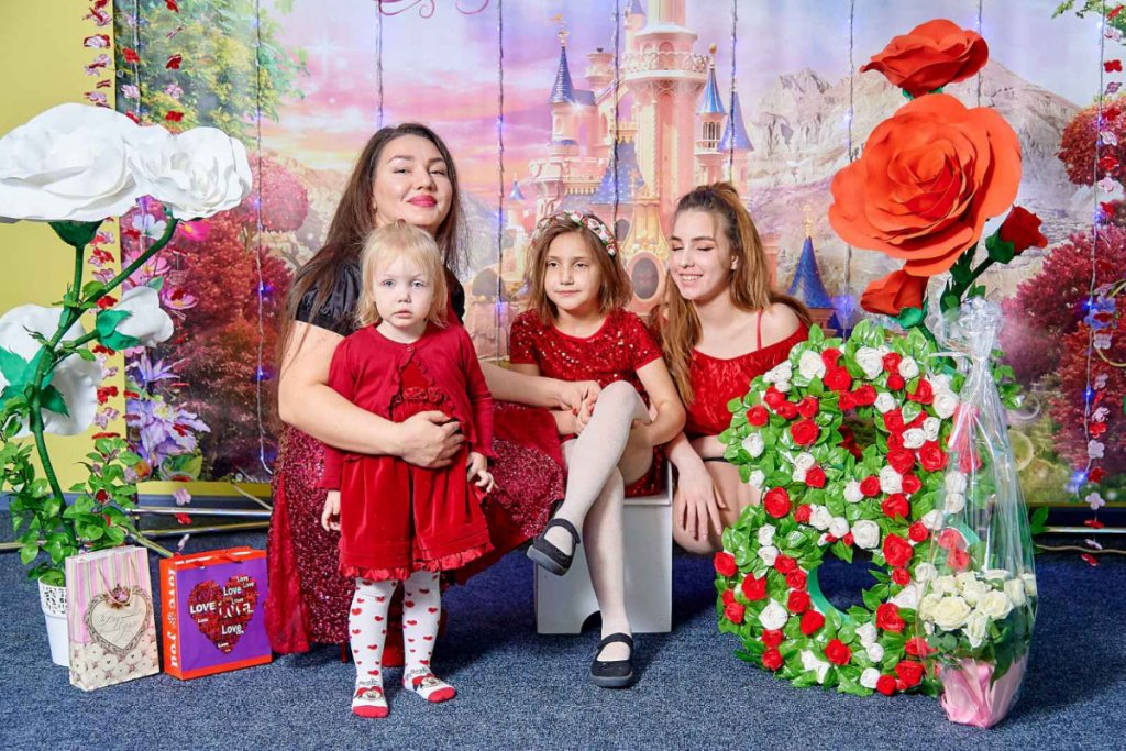 Я воспитываю ребенка с аутизмом. История Екатерины Жуковой и восьмилетней Насти (ВИДЕО). екатерина жукова, аутизм, діагноз, инвалидность, инклюзия