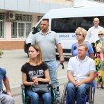 Світлина. В Миколаєві створено диспетчерську службу для організації перевезень людей з інвалідністю. Безбар'ерність, інвалідність, перевезення, автомобіль, Миколаїв, диспетчерська служба